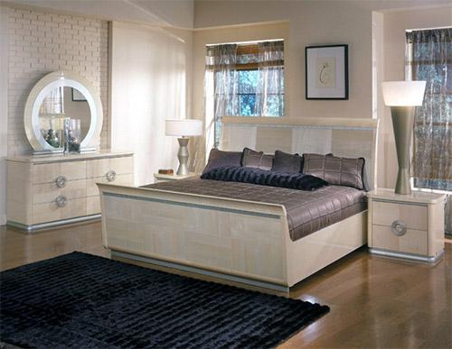 Оригинальные кровати в спальне