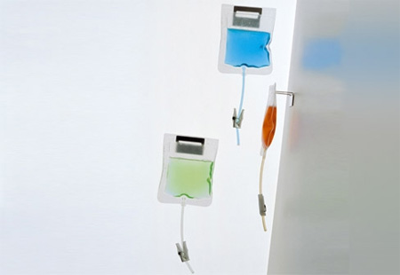 Дозатор для мыла в виде капельницы
