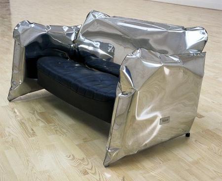 Металлический мягкий диван