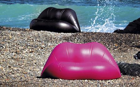 Оригинальный диван-губки