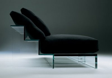 Крутой стеклянный диван