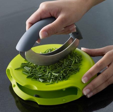 Прибор для нарезки зелени