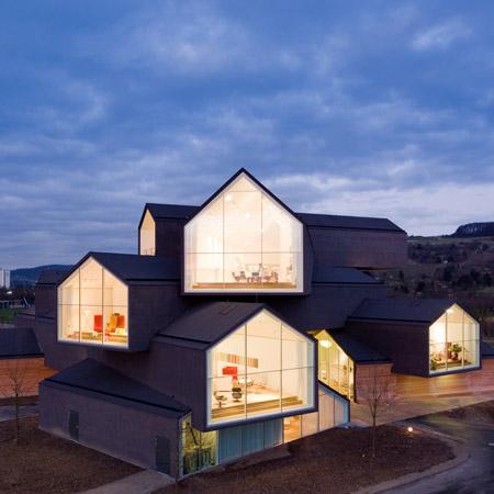 Дизайнерский дом VitraHaus экстерьер вид утром