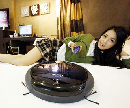 Автономный (самостоятельный) пылесос от Samsung