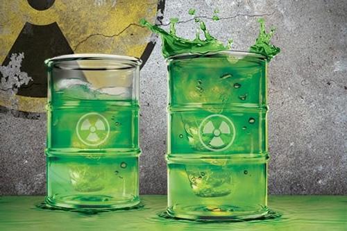 Радиоактивные стаканы из стекла