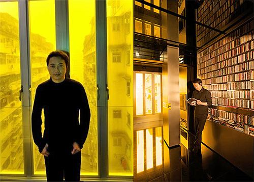 Гэри Чан собственной персоной возле желтого окна и видеотеки