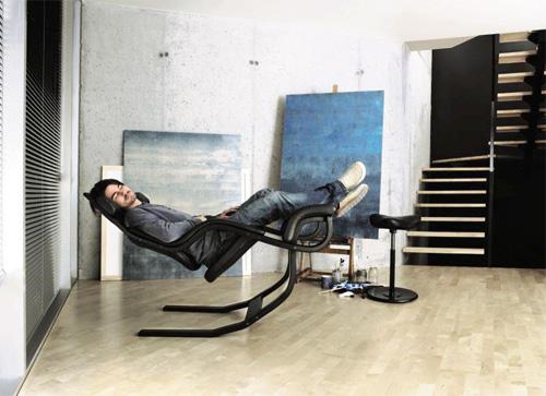 Кожаное кресло нулевой гравитации