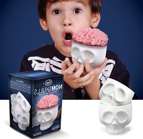 Формочка для кексов в форме черепа с мозгами