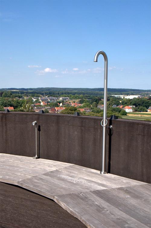 Душ на крыше/террасе водонапорной башни