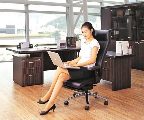 Раскладное кресло для руководителя