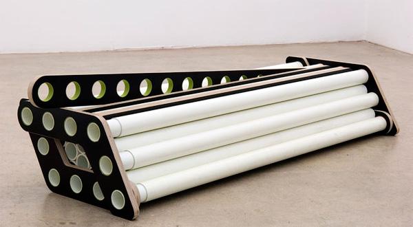 Кровать из трубочек в сложенном виде