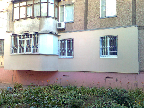 Утепление фасада квартиры с балконом